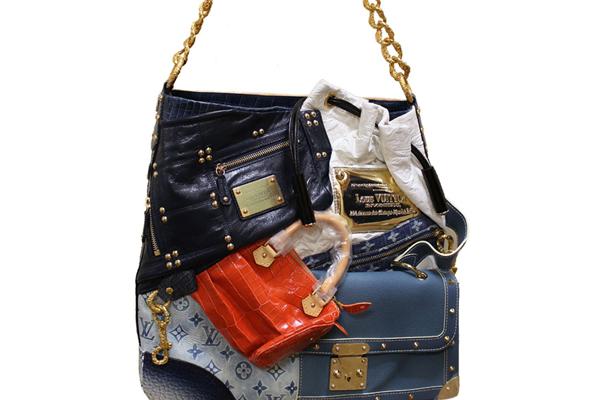 Eleven Most Exclusive Handbags Ever!!